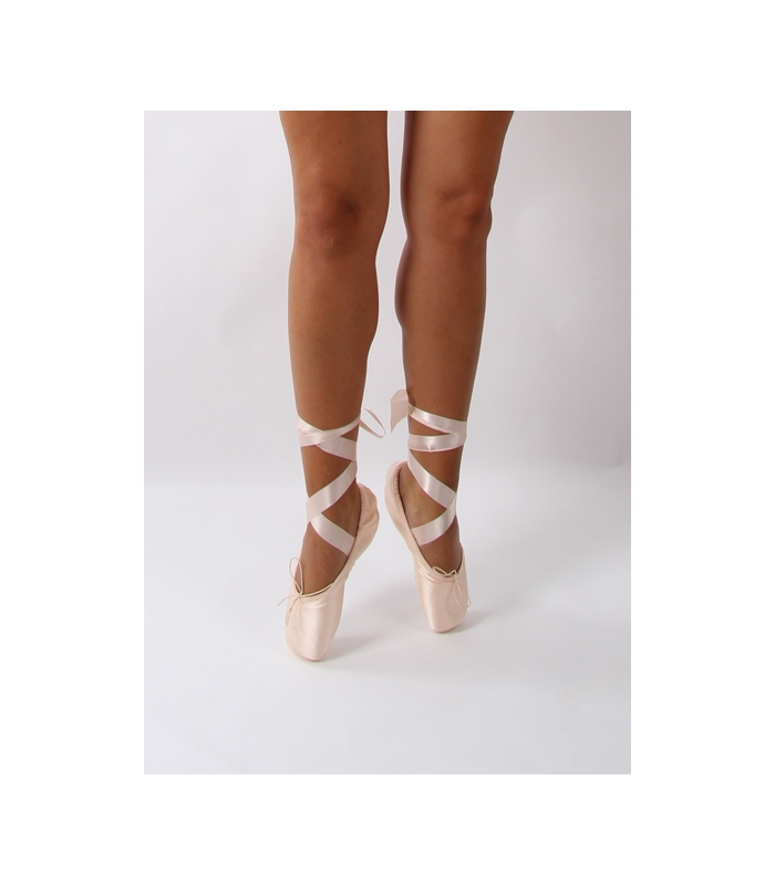 Leather Pointe Shoes