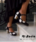Spanish dots flamenco shoes