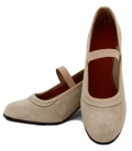 Zapato de flamenco en ante